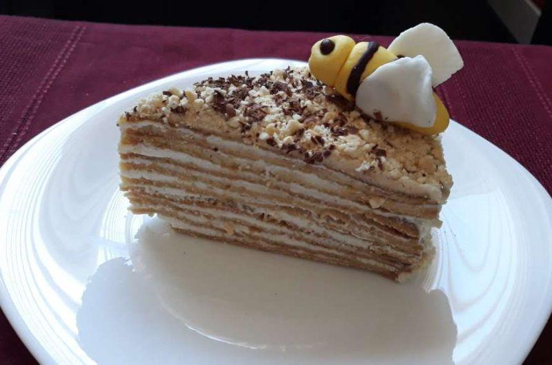 Медена торта - Медовик